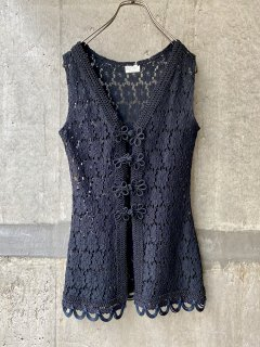 【BLACK LACE CHINA TOP】