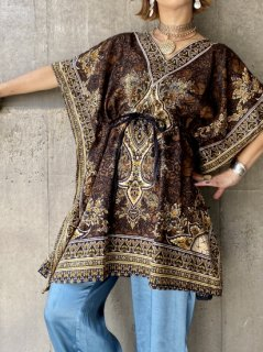 <img class='new_mark_img1' src='//img.shop-pro.jp/img/new/icons14.gif' style='border:none;display:inline;margin:0px;padding:0px;width:auto;' />【BOHO PRINT TUNIC】