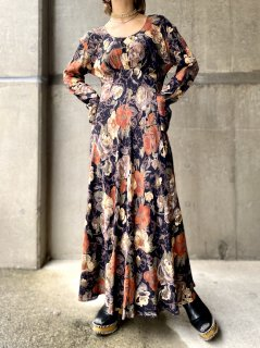 【FLOWER PATTERN MAXI DRESS】