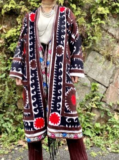 【SUZANI EMBROIDERED JACKET】