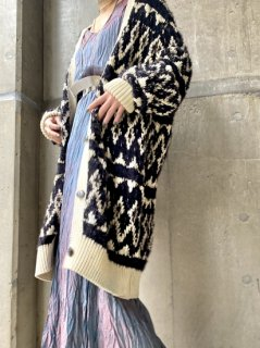 【OVERSIZED KNIT JACKET】