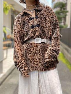 【LEOPARD VELVET TOP】