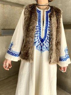 【1970s BLUE EMBROIDERED MAIX DRESS】