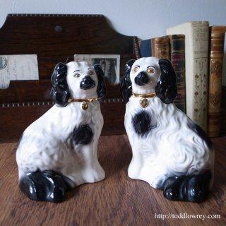 ヴィクトリアンの最先端・スタッフォードシャードッグ/Vintage Beswick Staffordshire Dog