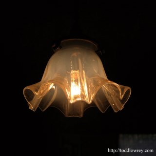 輝く虹色に照らされる/ Antique Opalescent Shade Pendant Lamp A