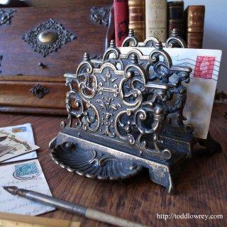 華麗なる装飾のリフレイン / Antique Victorian Style Letter Rack
