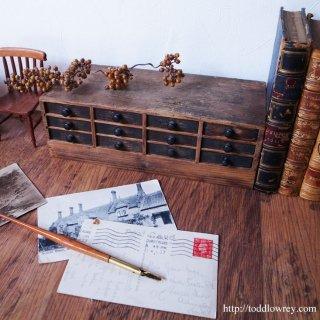 時計職人のための極小の小部屋 / Vintage Watch Maker's Drawers