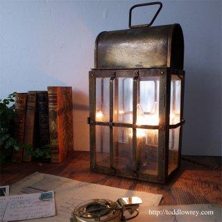 果てしない夜の海を照らして /Antique Nautical Brass Lantern