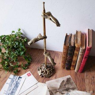 英国生まれニューヨーク育ちの小粋なスタンド / Vintage Brass Victorian Hand Clip Stand