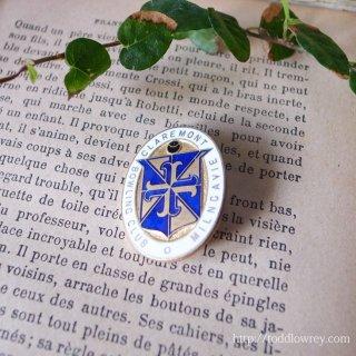 十字の紋章で繋がるクラブ / Vintage Enamel Badge of Bowling Club