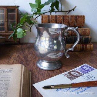 勝利の美酒をシェフィールドの職人技で味わう / Vintage Pewter Cup