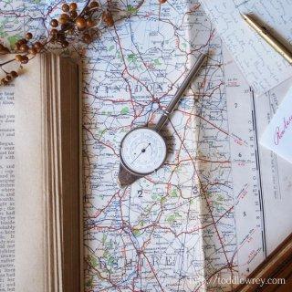 地図の道を転がってどこまでも / Vintage Map Measure Opisometer