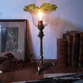 用の美を体現する端正な灯 / Antique Arts & Crafts Style Pullman Lamp with Glass Shade