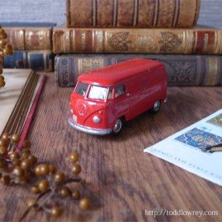 少年の日の想い出といつか来る日の憧れを乗せて / Vintage Miniature Volkswagen Transporter T1 by CORGI TOYS