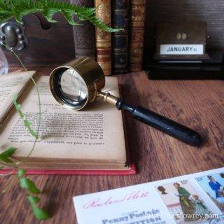 より深い考察を暗示するアイコン / Antique Coddington Magnifying Glass