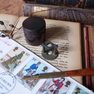 ジョージアンの英国紳士から貴方へ / Antique Georgian Small Desk Magnifying Glass with Case