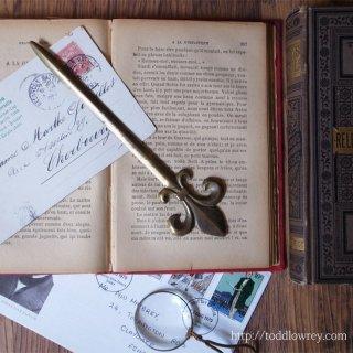 フランス王家の象徴をもつ卓上の華 / Vintage Brass Letter Opener