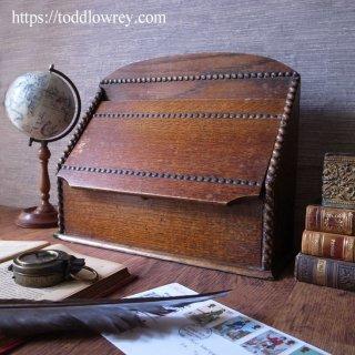 オークの蓋で護る大切なもの / Antique Oak Letter Rack with Lid
