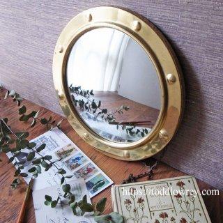 クラシカルでモダンな魔法の鏡 / Vintage Brass Edged Convex Mirror