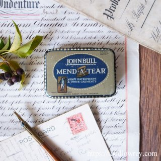 お手入れしつつ使いましょう / Antique MEND-A-TEAR by JOHN BULL RUBBER Co.