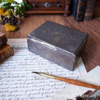 特急列車の名を持つ煙草の小箱 / Antique Cigarette Box
