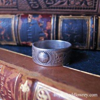 マクベスが眠る島の銀の指輪 /Vintage Starling Silver IONA Ring
