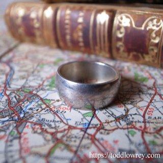 「私たち」を手の内に / Vintage Silver Ring