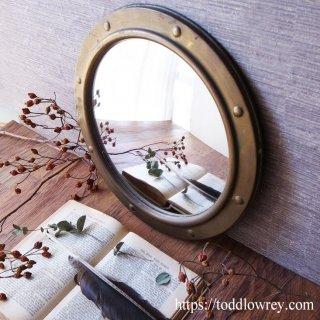 船窓から臨む魔法の島 / Vintage Brass Edged Convex Mirror