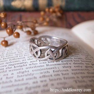 無限の連なりを感じる銀の指輪/ Vintage Sterling Silver Celtic Ring