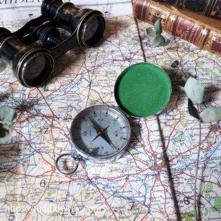 気泡の中で揺れる方位磁針 / Vintage Loquid Compass with Lid