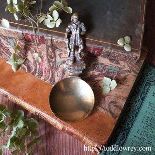 密輸入者が見張る紅茶の葉 / Antique Tea Caddy Spoon