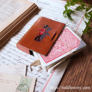 罰金覚悟で開けましょう / Vintage Thomas De La Rue Sealed Playing Card Deck in Leather Case