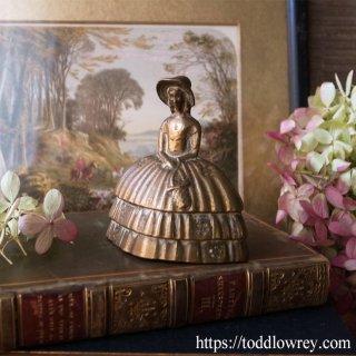 花摘みレディの優しい囁き / Antique Brass Lady Table Bell