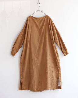the last flower of the afternoon 更侍のlong pull over dress LIGHT BROWN