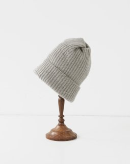 mature ha. pleats knit cap LIGHT GREIGE