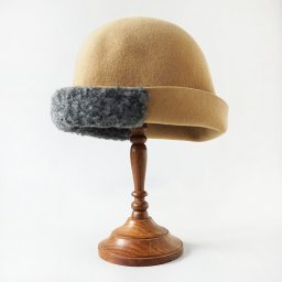 mature ha. free hat boa  beige . 19AW<img class='new_mark_img2' src='//img.shop-pro.jp/img/new/icons5.gif' style='border:none;display:inline;margin:0px;padding:0px;width:auto;' />