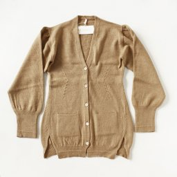 Babaco wool / camel jacket cardigan (19AW)<img class='new_mark_img2' src='//img.shop-pro.jp/img/new/icons8.gif' style='border:none;display:inline;margin:0px;padding:0px;width:auto;' />