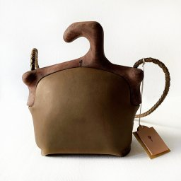 <img class='new_mark_img1' src='//img.shop-pro.jp/img/new/icons5.gif' style='border:none;display:inline;margin:0px;padding:0px;width:auto;' />Eatable of Many Orders DOUBLE HANGER BAG (19AW)