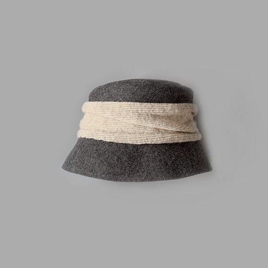 mature ha. melton drape hat short