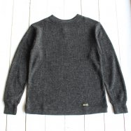 <img class='new_mark_img1' src='//img.shop-pro.jp/img/new/icons50.gif' style='border:none;display:inline;margin:0px;padding:0px;width:auto;' />COLIMBO/コリンボ   SOUTH STREET GUERNSEY SWEATER ダークグレー