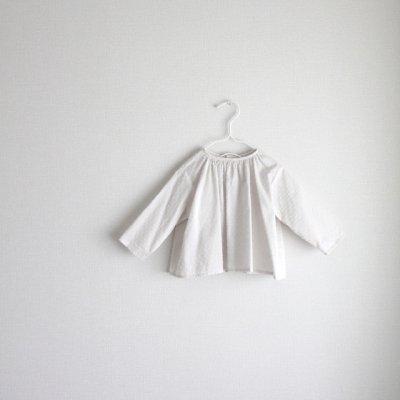 Dot minyon gather blouse