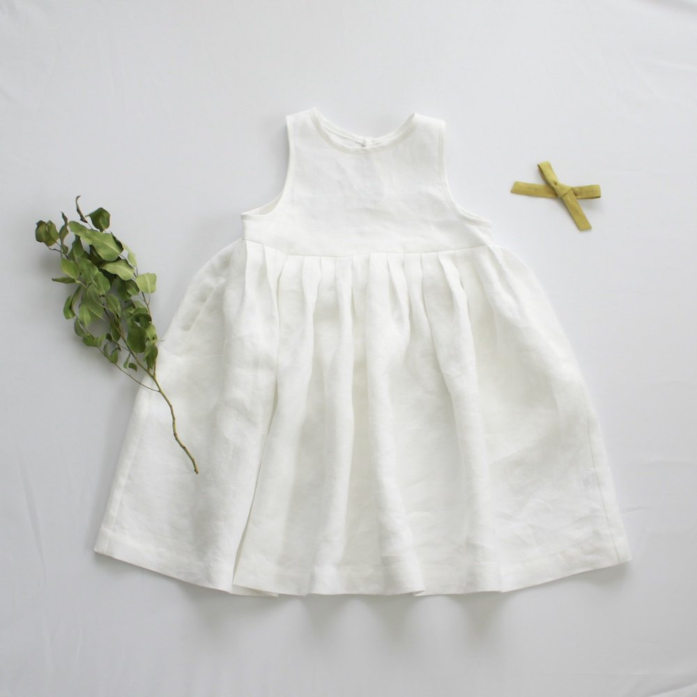 Linen tuck dress - white