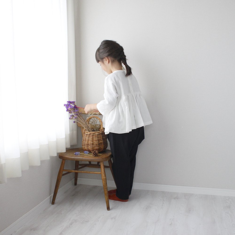 <img class='new_mark_img1' src='https://img.shop-pro.jp/img/new/icons20.gif' style='border:none;display:inline;margin:0px;padding:0px;width:auto;' />Cotton flannel saruel pants
