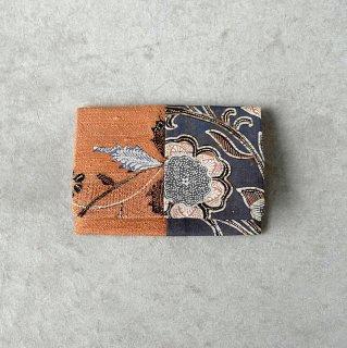手描きジャワ更紗 Reisia カードケース 二様(煉瓦・墨)