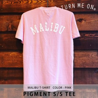 PIGMENT S/S POCKET TEE ピンク/TURN ME ON ターンミーオン<img class='new_mark_img2' src='https://img.shop-pro.jp/img/new/icons8.gif' style='border:none;display:inline;margin:0px;padding:0px;width:auto;' />
