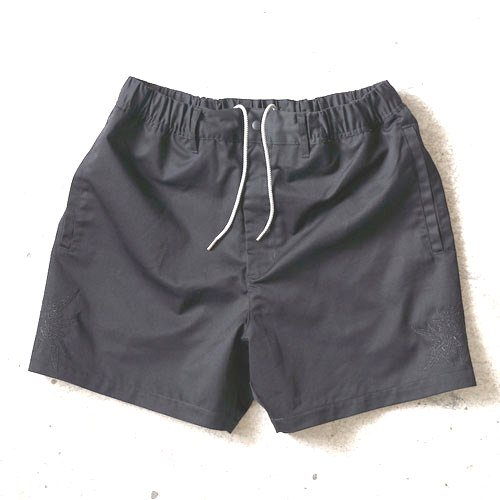 Smuggler-Shorts ANASOLULE<img class='new_mark_img2' src='//img.shop-pro.jp/img/new/icons14.gif' style='border:none;display:inline;margin:0px;padding:0px;width:auto;' />