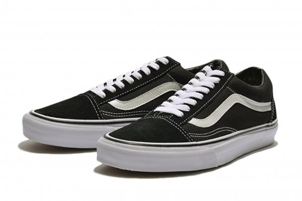OLD SKOOL* BLACK