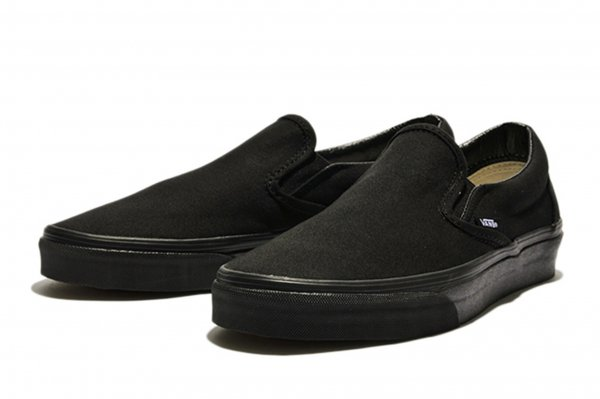 SLIP ON* BLACK/BLACK