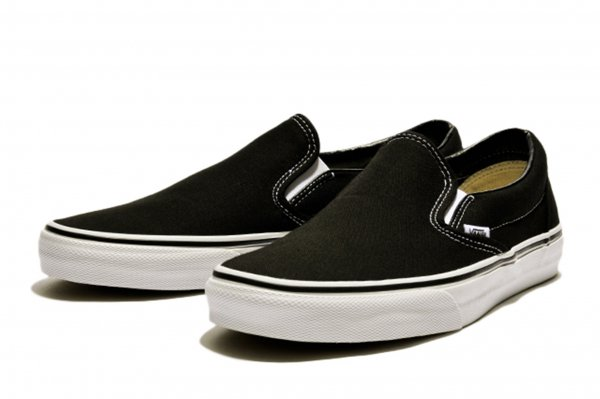 SLIP ON* BLACK