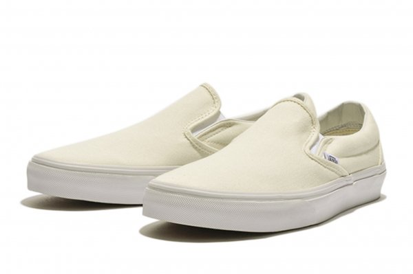 SLIP ON* WHITE